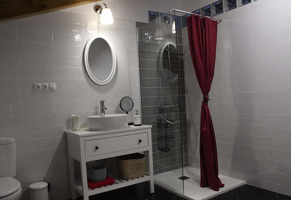 Baño loft El Rincón Solariego 2